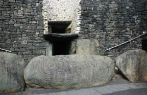 New Grange ruins in Ireland